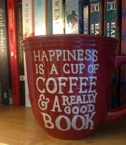 książka przy kawie