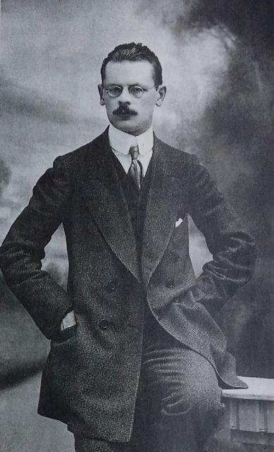 Henryk R